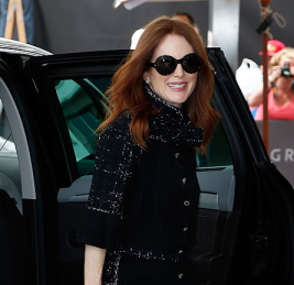 julianne-moore-in-chanel-cannes-2015-day-1_thumb